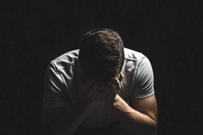 """covid,-uno-studio-conferma:-""""depressione-persistente-nel-post-malattia"""""""
