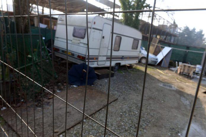 """nomadi,-""""sequestrategli-i-camper"""":-a-torino-scontro-tra-regione-e-vigili"""