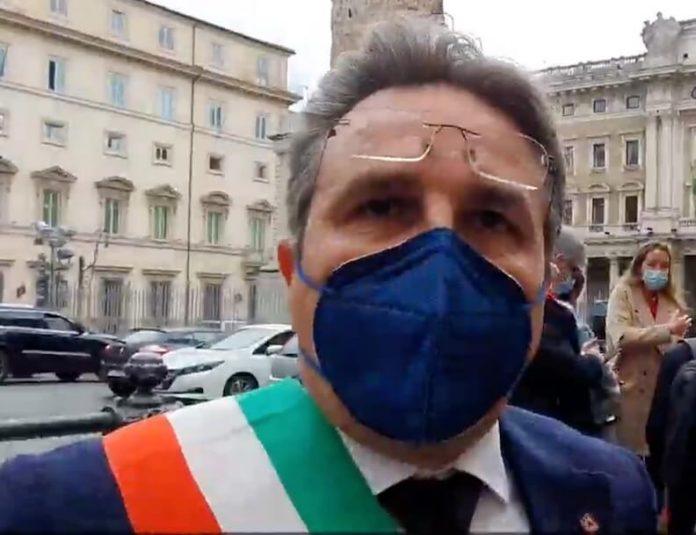 """recovery,-i-sindaci-dell'agrigentino-protestano-a-roma:-""""a-noi-zero-euro,-i-parlamentari-che-fanno?"""""""