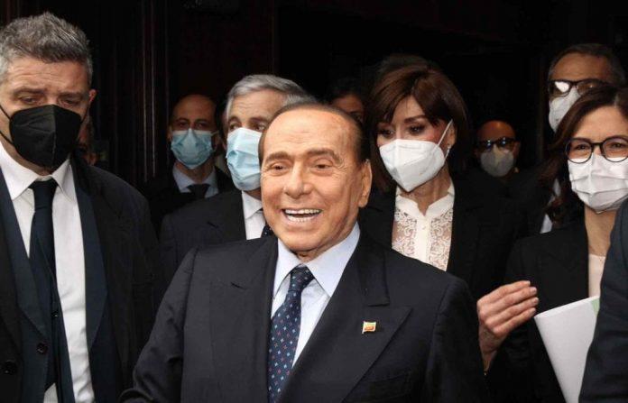 """il-ritorno-di-berlusconi:-""""forza-italia-e-il-partito-guida-del-centrodestra"""""""