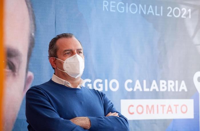 """regionali-calabria,-de-magistris:-""""coalizione-forte-con-8-liste"""""""
