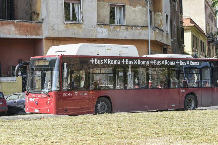 roma,-48-autobus-si-fermano-per-guasti-all'aria-condizionata