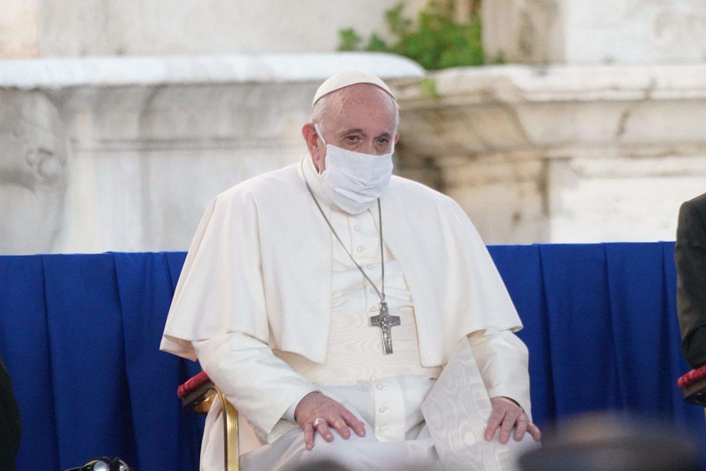 """papa-francesco:-""""in-europa-serpeggia-ancora-la-minaccia-dell'antisemitismo"""""""