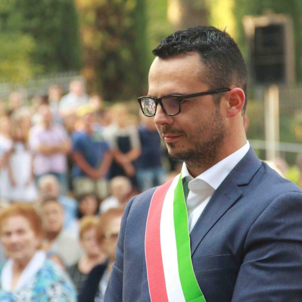 profanato-sacrario-della-repubblica-sociale-italiana,-bufera-su-sindaco-di-centrodestra