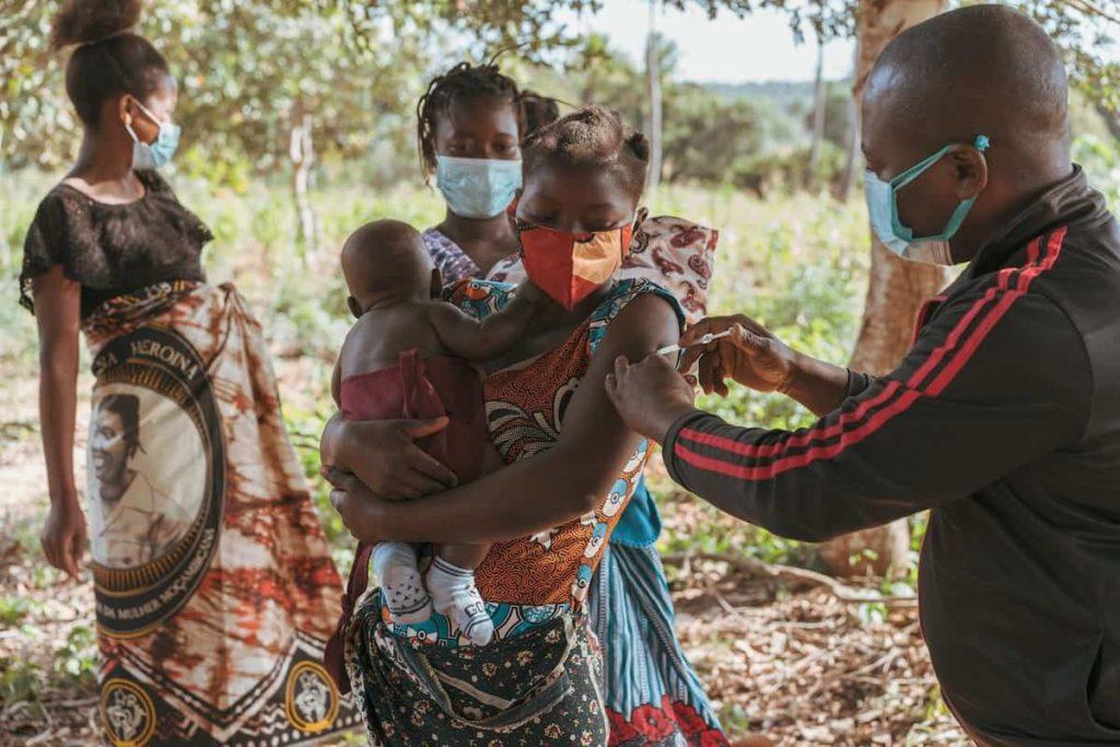 """l'appello-di-un-medico-in-africa:-""""contro-la-malaria-basterebbe-un-frammento-di-quanto-e-stato-speso-per-il-covid"""""""